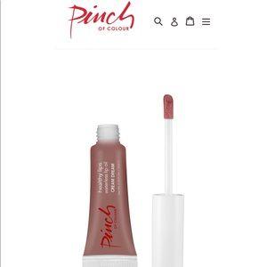 Pinch of color lip oil